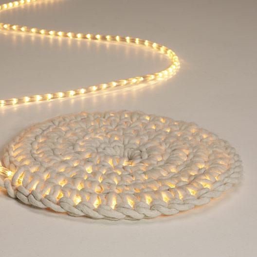 grosgrain glowing rope rug diy. Black Bedroom Furniture Sets. Home Design Ideas